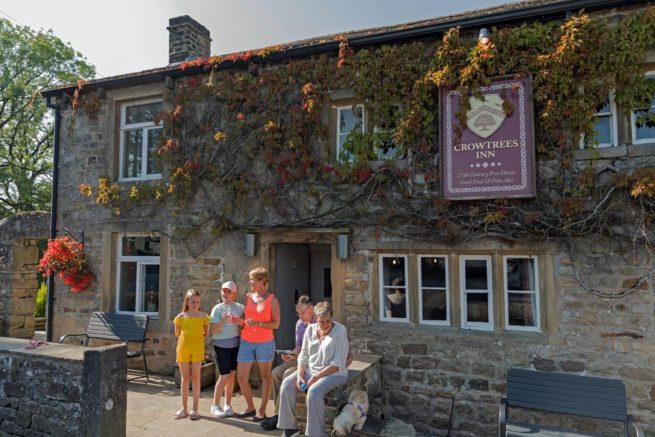 Bowland-Fell-Holiday-Park-Yorkshire-Dales-Facilities-Reception-Crowtrees-Inn